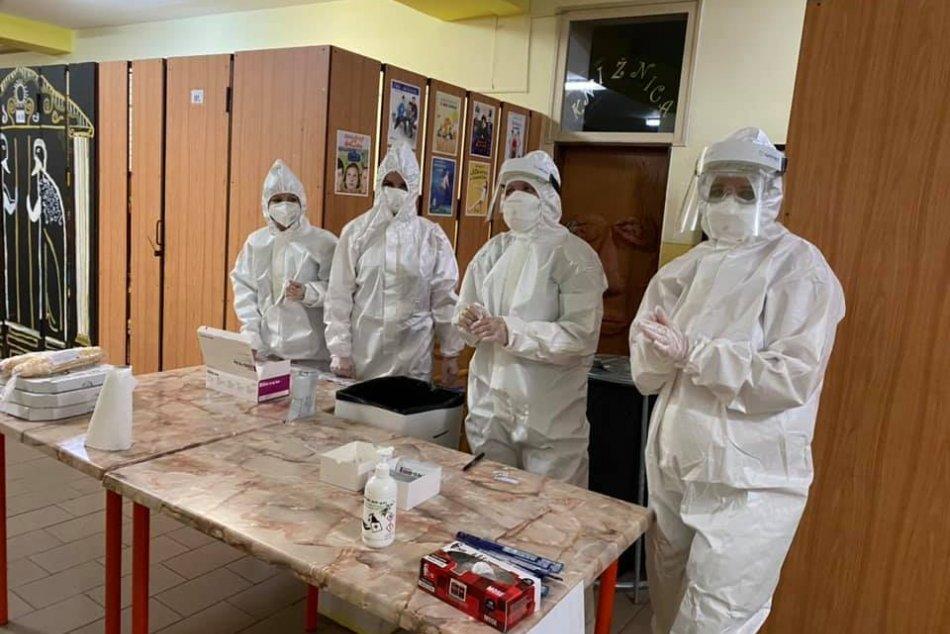 Ilustračný obrázok k článku Topoľčany sa pripravujú na celoplošné testovanie: Hľadajú zdravotnícky personál