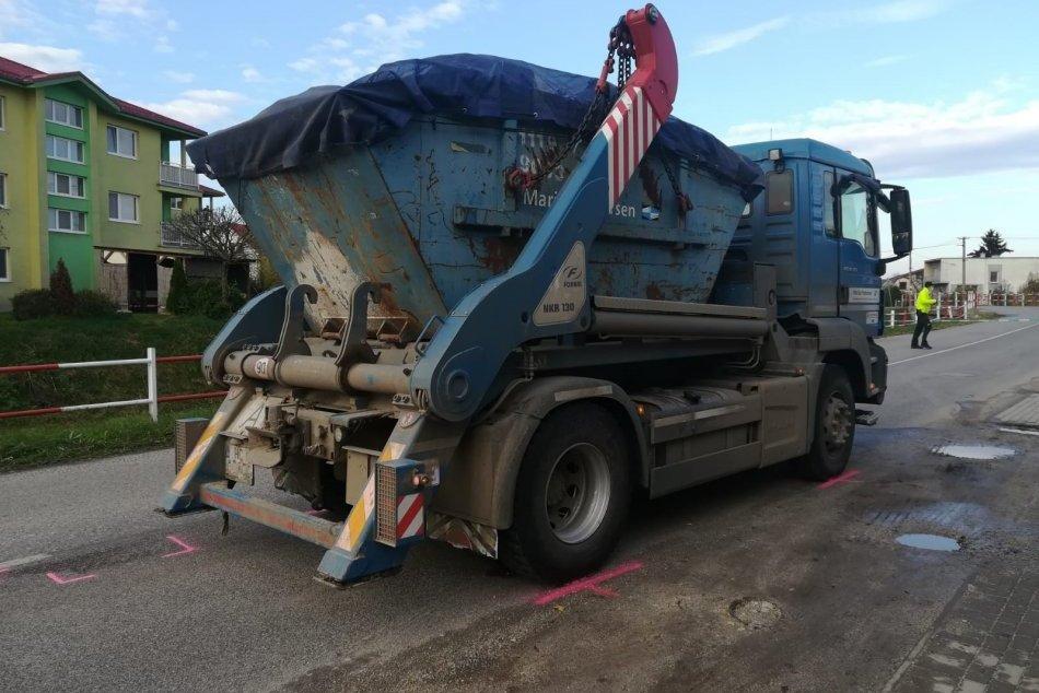 Ilustračný obrázok k článku Obrovské nešťastie: Muža zachytilo nákladné auto, bol na mieste mŕtvy