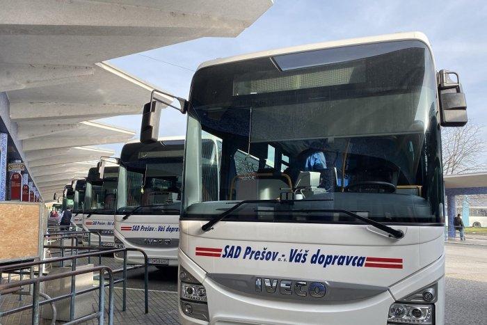 Ilustračný obrázok k článku Pred cestou si skontrolujte odchody autobusov. V prímestskej doprave nastali zmeny