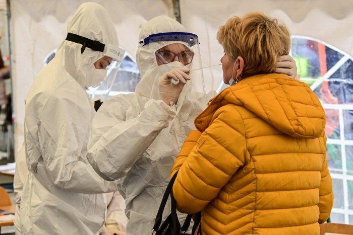 Ilustračný obrázok k článku Aktuálny PREHĽAD: Koronavírus zistili v 11 z 13 okresoch Banskobystrického kraja