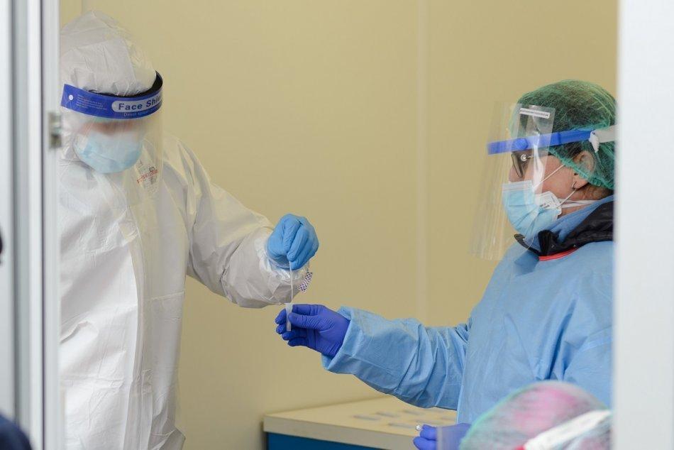 Ilustračný obrázok k článku Bezplatné antigénové testovanie ponúka aj michalovská nemocnica