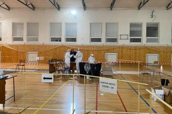 Ilustračný obrázok k článku Plošné testovanie v Topoľčanoch: V sobotu otestovali viac ako 10-tisíc ľudí