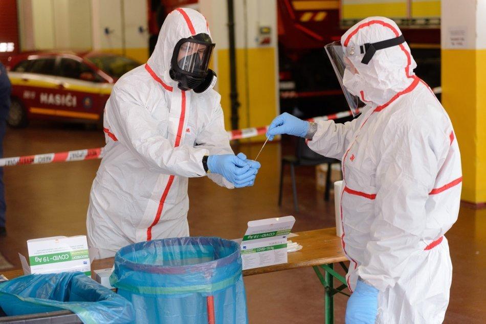 Ilustračný obrázok k článku Nové čísla za okresy Banskobystrického kraja: Koronavírusom sa nakazilo vyše 200 ľudí