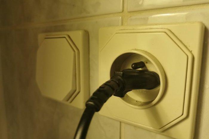 Ilustračný obrázok k článku Viacerí Revúčania budú bez elektriny: Týka sa to TÝCHTO ulíc