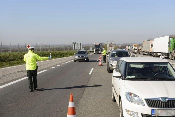 Ilustračný obrázok k článku Nepoučiteľný vodič zo Spiša to poriadne prehnal: Chcel podplatiť policajtov, rieši ho NAKA