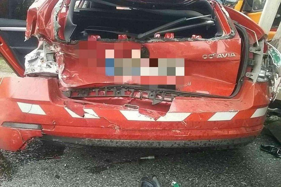 Ilustračný obrázok k článku Prvé INFO o nehode na hlavnom ťahu pri Mýtnej: Zranenú osobu ratovali záchranári