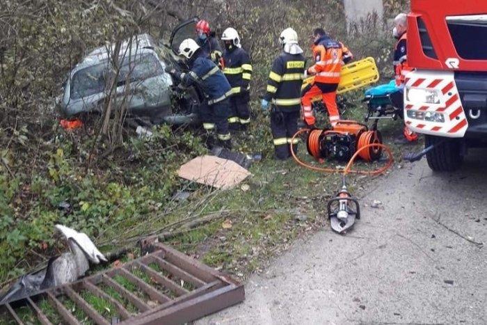 Ilustračný obrázok k článku Pozor na tento úsek v Žiline: Pri nehode spadlo auto z mosta! FOTO