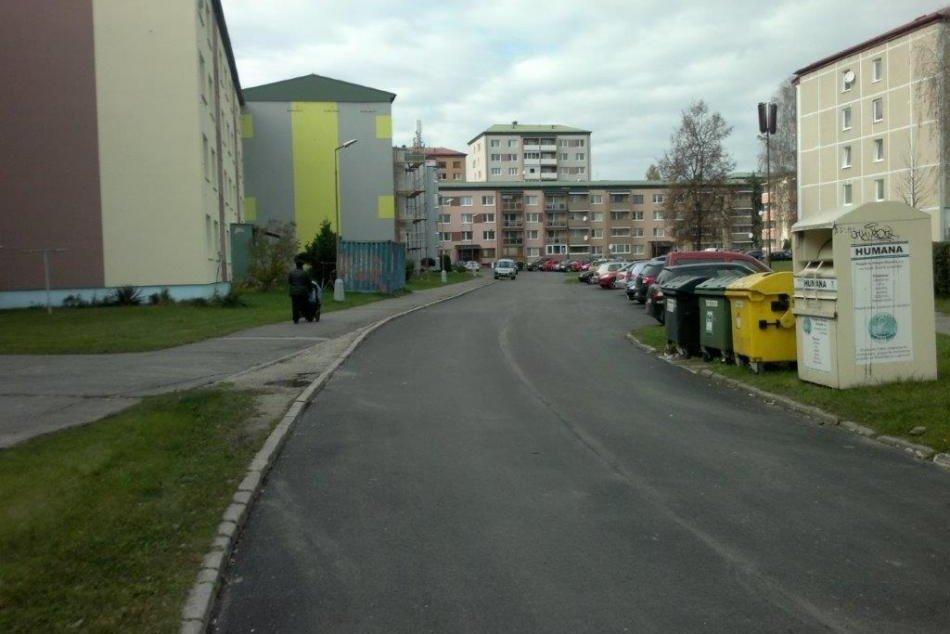 Ilustračný obrázok k článku Revúčania sa dočkali: V meste zrekonštruovali niekoľko úsekov ciest, FOTO