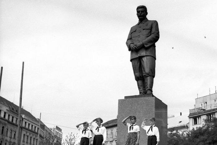 Ilustračný obrázok k článku Koniec morálneho idiotizmu? Stalin a Gottwald konečne nebudú čestnými občanmi Bratislavy!