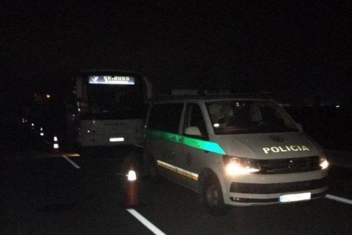 Ilustračný obrázok k článku Úlovok mýtnych policajtov pri Žiline: Poliak na ukradnutom autobuse!