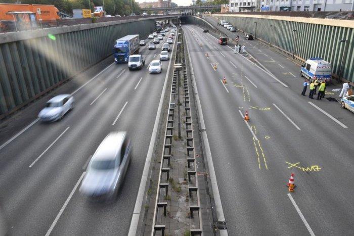 Ilustračný obrázok k článku SVET O SLOVENSKU: Tínedžer za volantom zaspal. Toto je výsledok