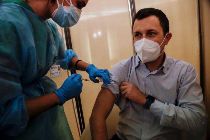 Ilustračný obrázok k článku Šokujúca správa o jednej z vakcín: Bude len pre mladých? Zdá sa, že máme problém!