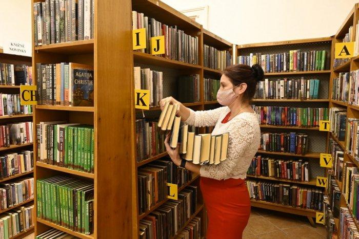 Ilustračný obrázok k článku Krajská knižnica vo Zvolene je pre verejnosť zatvorená: Čaká to aj bibliobox