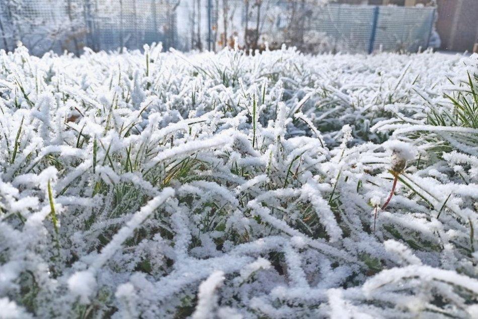 Ilustračný obrázok k článku Vyťahujte svetre a kabáty! Blíži sa ešte väčšie ochladenie a už začalo aj SNEŽIŤ!