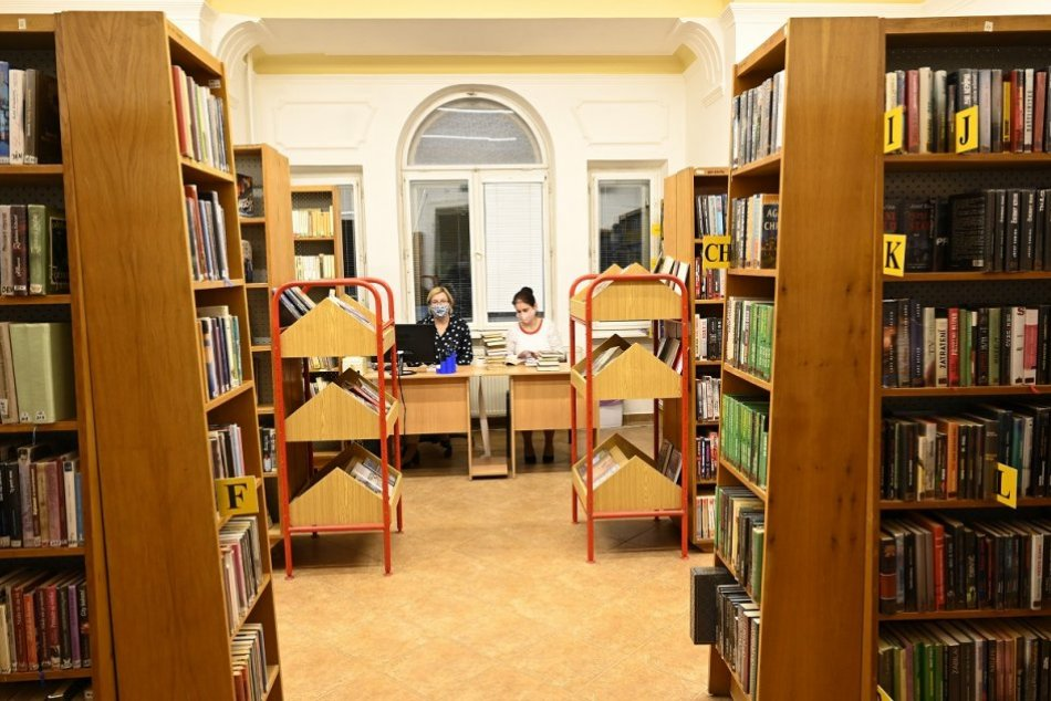 Ilustračný obrázok k článku Považská knižnica sa OTVÁRA: V ponuke je aj bezplatná registrácia