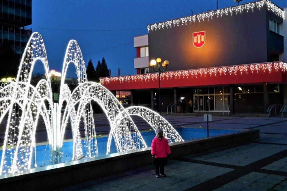 Ilustračný obrázok k článku Odborníci sa pozreli na finančné zdravie miest: Považská Bystrica je naspodku