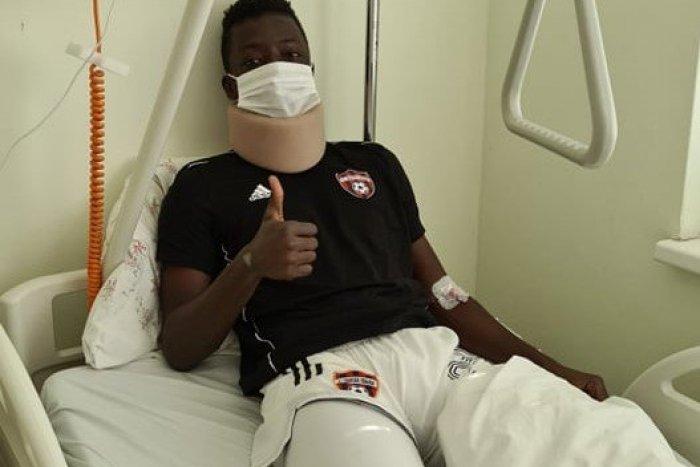 Ilustračný obrázok k článku Desivé zranenie hráča Trnavy: Yao má zlomenú očnicu a posiela pozdrav z nemocnice!
