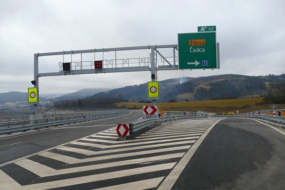 Ilustračný obrázok k článku Dobrá správa pre vodičov: Obchvat Čadce je otvorený, ušetríme aj 30 minút, VIDEO