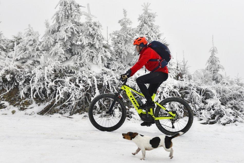 Ilustračný obrázok k článku Zima ako z Mrázika. Kojšovská hoľa sa premenila na zimnú rozprávku, FOTO