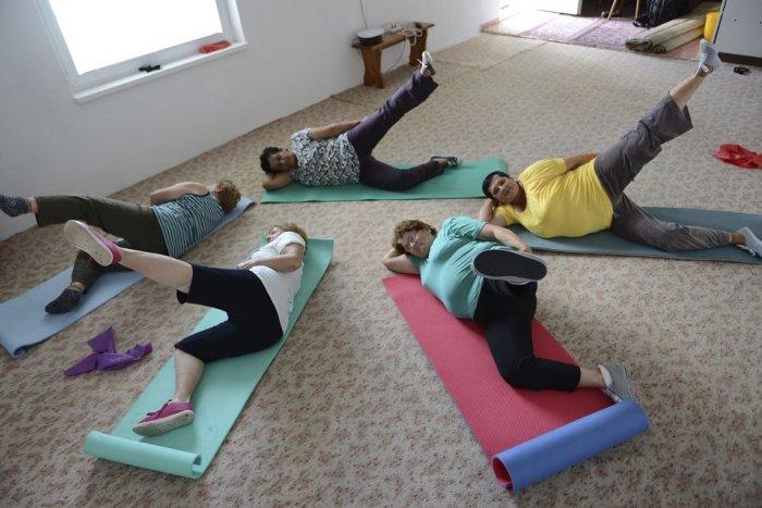 Ilustračný obrázok k článku Seniori môžu cez Vianoce športovať. Od župy dostali telocvičňu