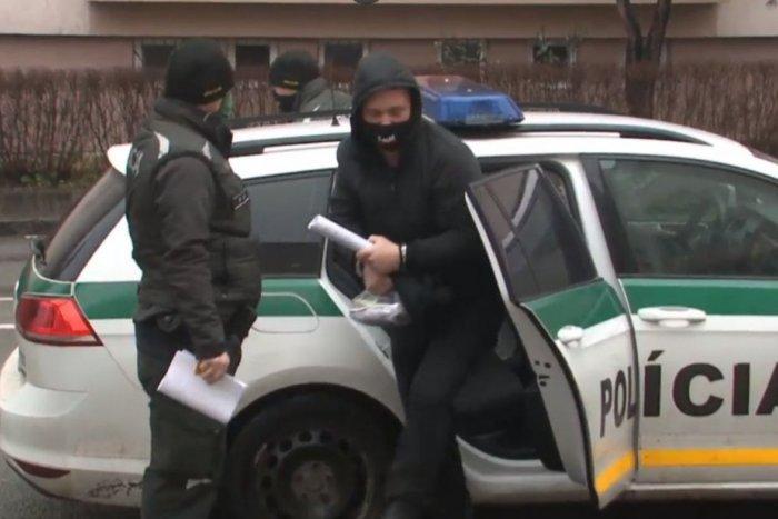 Ilustračný obrázok k článku Majiteľ krčmy počas lockdownu veselo nalieval: Dostal podmienku a mastnú pokutu!