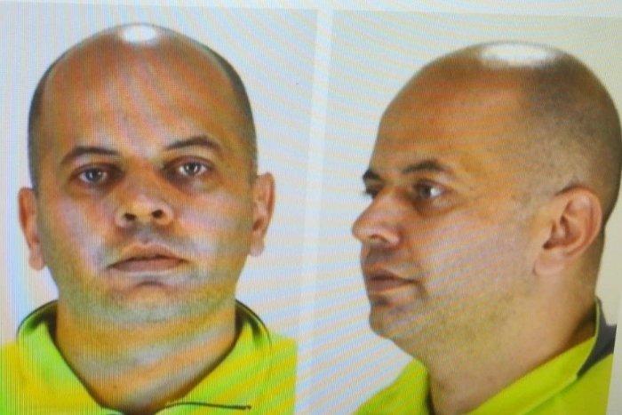 Ilustračný obrázok k článku Videli ste tohto muža, ohláste to polícii. POZOR, môže byť nebezpečný a OZBROJENÝ!