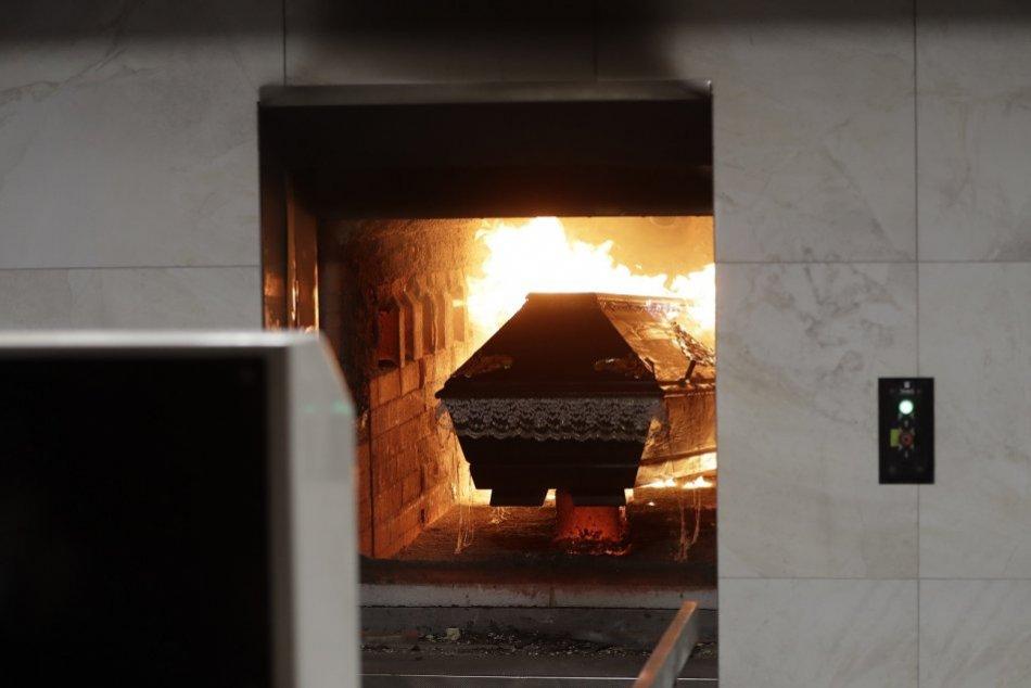 Ilustračný obrázok k článku Majiteľ krematória otvorene: Situácia sa zhoršuje každým dňom!