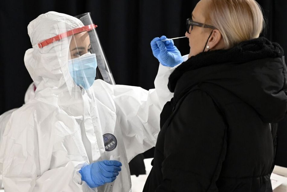 Ilustračný obrázok k článku Nič nenechajú na náhodu: Zlaté Moravce sa pripravujú na celoplošné testovanie