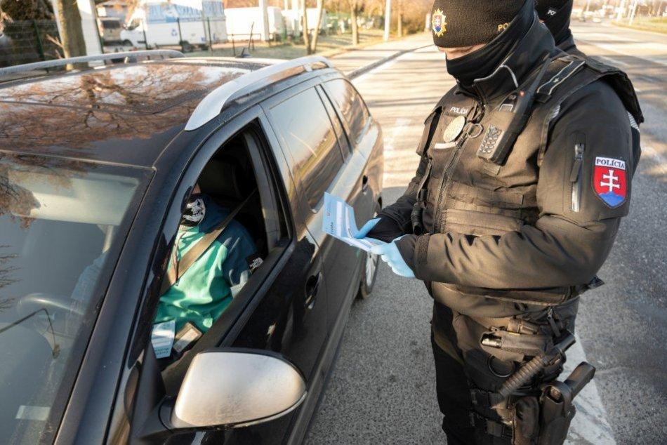 Ilustračný obrázok k článku Kontroly na nitrianskych cestách: Polícia vyzýva, na TOTO určite nezabudnite!