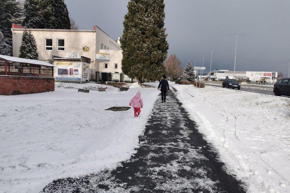 Ilustračný obrázok k článku Žiarske školy zostávajú zatvorené: Do škôlok však nastúpili desiatky detí