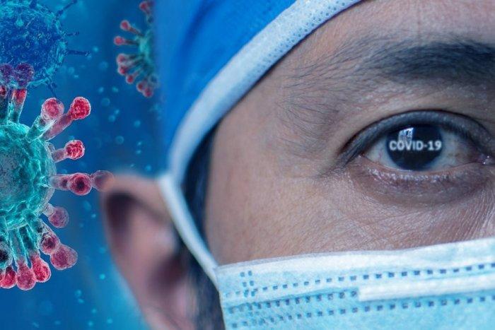 Ilustračný obrázok k článku Koronavírus: Počet hospitalizovaných klesol, na pľúcnej ventilácii sú ale stovky ľudí
