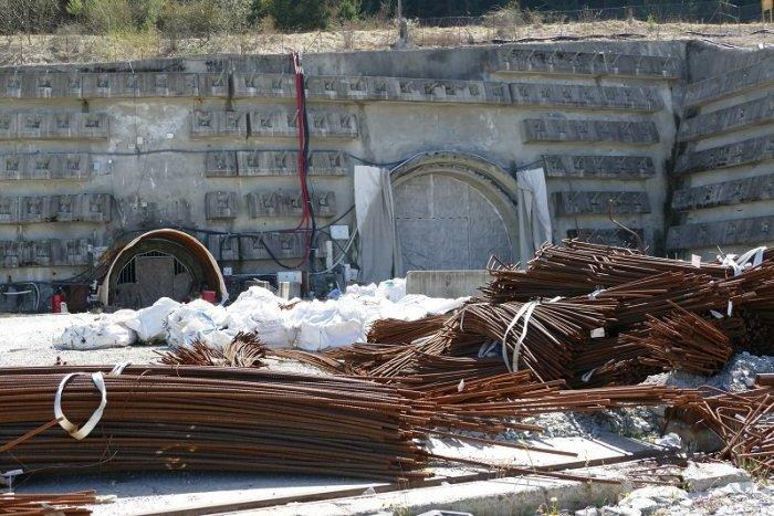 Ilustračný obrázok k článku Tunel Višňové bude! Minister Doležal dúfa, že nenastane najhorší prípad