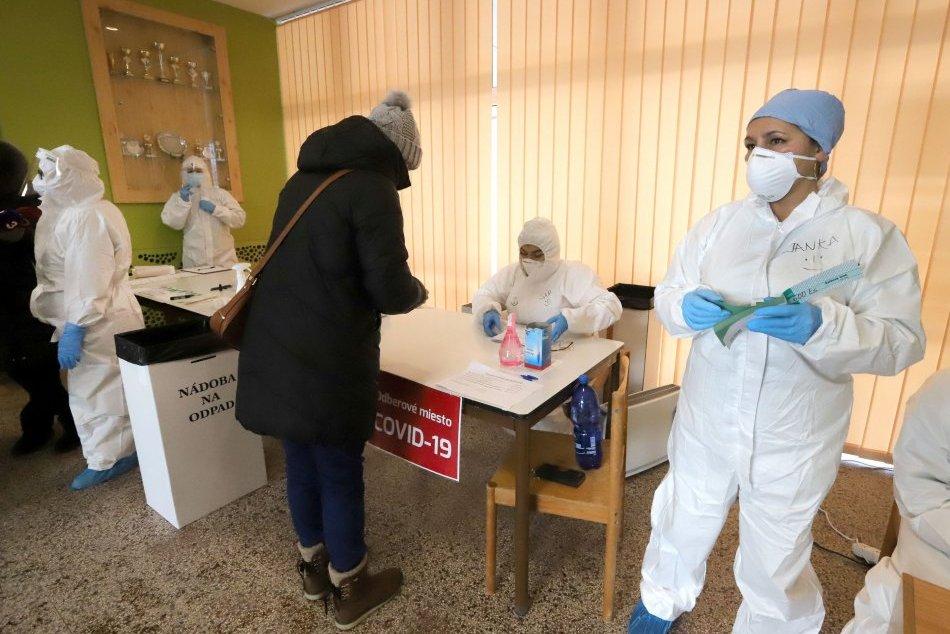 Ilustračný obrázok k článku Plošné testovanie sa blíži: Zlaté Moravce hľadajú dobrovoľníkov a zdravotníkov