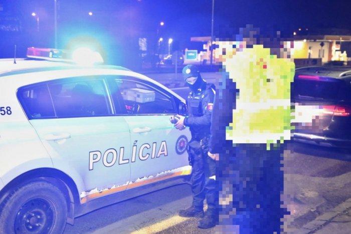 Ilustračný obrázok k článku Polícia nekontroluje iba certifikáty: Odhalila niekoľko vodičov pod vplyvom alkoholu