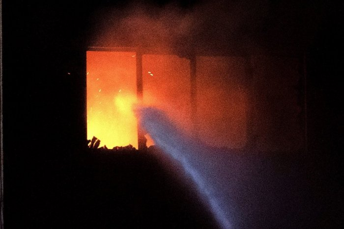 Ilustračný obrázok k článku Požiar vo Sverepci: Považskobystrickým hasičom pomáhali aj dobrovoľníci