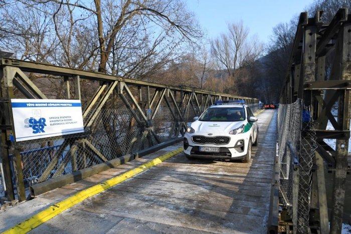 Ilustračný obrázok k článku Dobrá správa pre vodičov. Provizórny most v Kysaku je hotový, FOTO