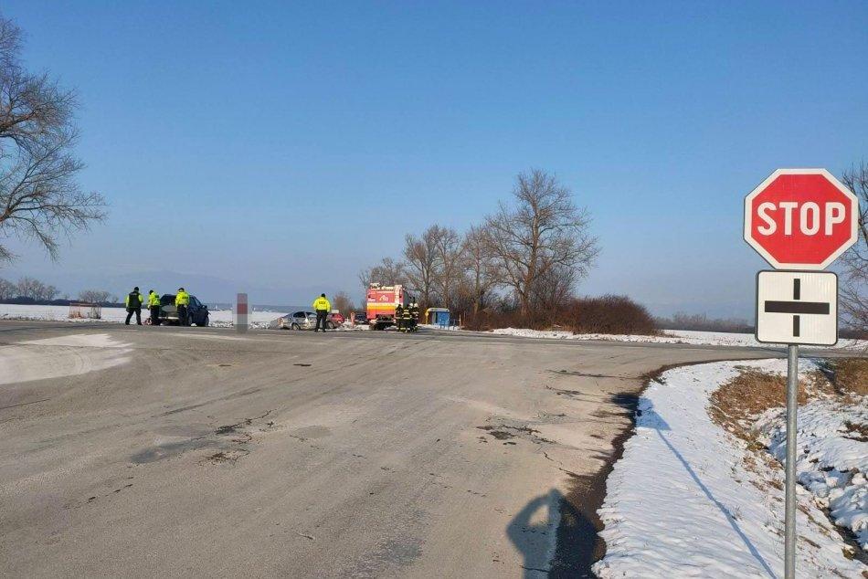 Ilustračný obrázok k článku Zábery z nehody: Vodič z okresu Michalovce vošiel do cesty sobranskému autu