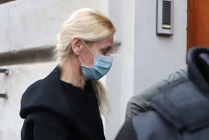 Ilustračný obrázok k článku Súd rozhodol o prepustení Jankovskej z vyšetrovacej väzby. Bude nosiť náramok
