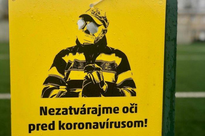 Ilustračný obrázok k článku Nezatvárajme oči pred koronavírusom! Šírte dobrú náladu, nie vírus
