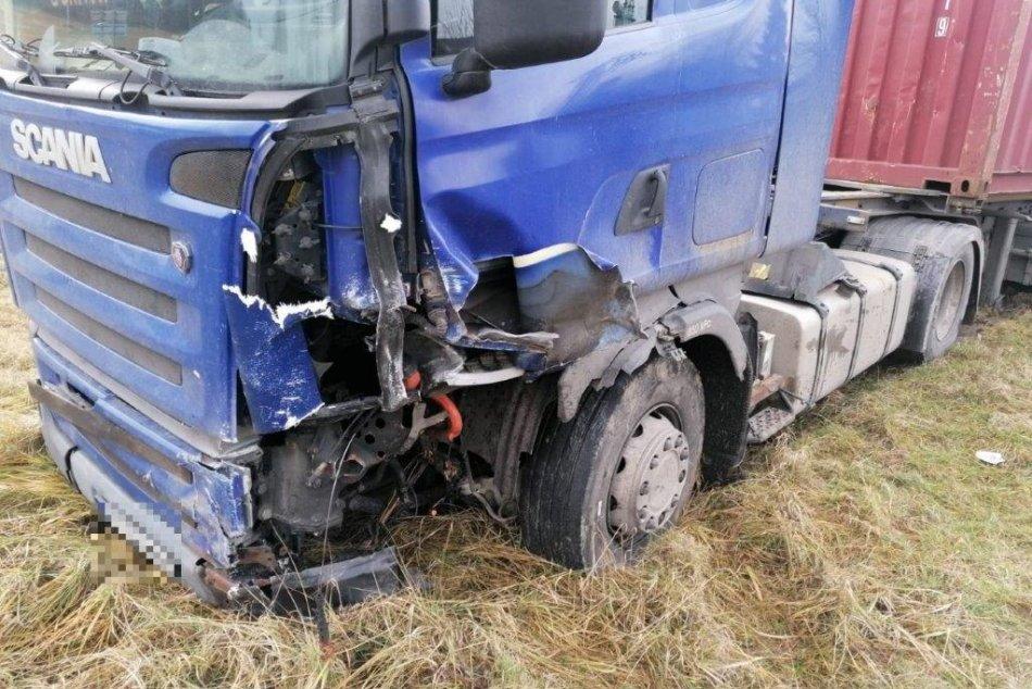 Ilustračný obrázok k článku Polícia o tragickej nehode pri Nitrianskych Sučanoch: Žena zomrela na mieste
