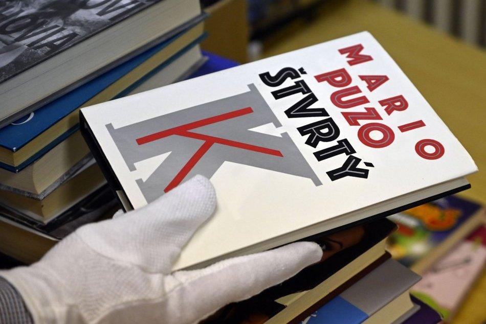 Ilustračný obrázok k článku Donáška kníh až domov? V Snine funguje knižné taxi