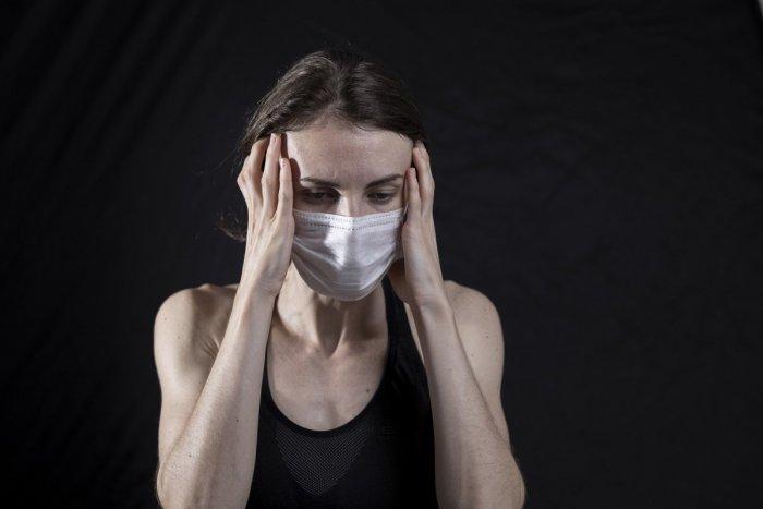 Ilustračný obrázok k článku Koronavírus: PRUDKÝ nárast nakazených, pribudlo ich takmer 500 a TRI obete!