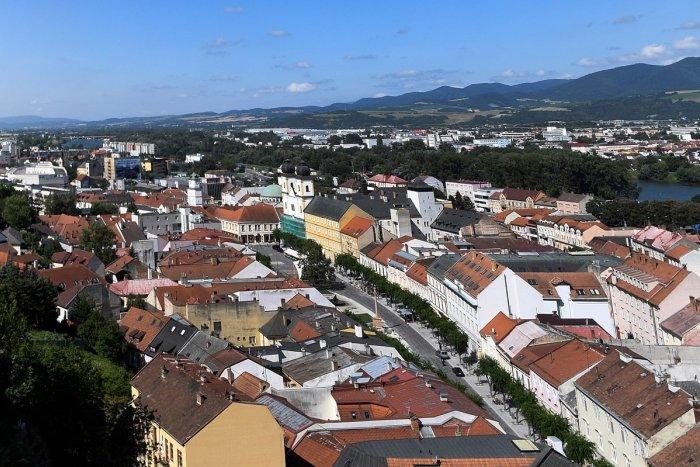 Ilustračný obrázok k článku Život v Trenčíne a okolí sa zmení: Aktuálny PREHĽAD zákazov, výnimiek a opatrení