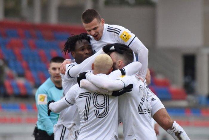 Ilustračný obrázok k článku Ďalšia pozitívna správa mieri do Trnavy: Futbalisti nám spravili parádnu radosť!