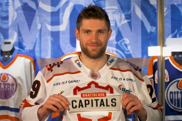 Ilustračný obrázok k článku Najlepší hokejista NHL v drese slovenského klubu! Prečo ho podporuje taká hviezda?