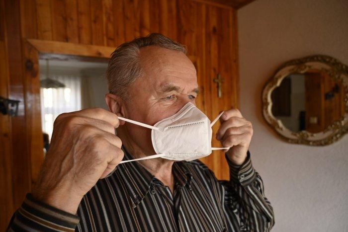 Ilustračný obrázok k článku SAD Zvolen upozornil cestujúcich: Bez respirátora vás neodvezieme, kto má výnimku?