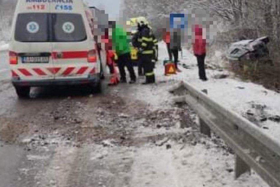 Ilustračný obrázok k článku Nehoda medzi Žiarom a Kremnicou: Záchranné zložky v akcii, FOTO