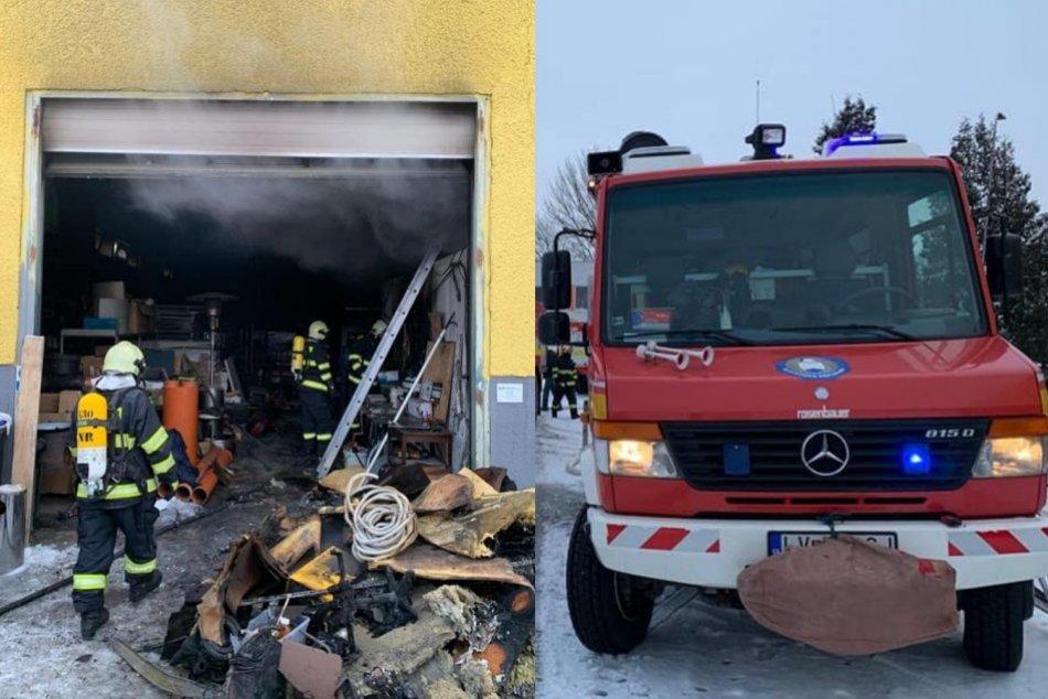 Ilustračný obrázok k článku Ranný zásah hasičov: Likvidovali požiar v skladových priestoroch, FOTO