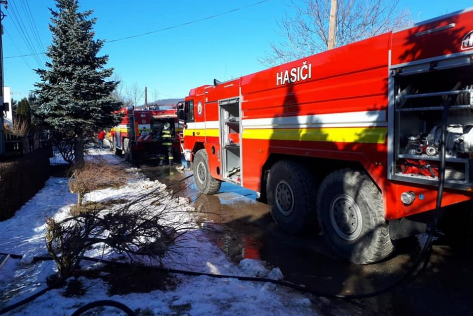Ilustračný obrázok k článku V Jelenci vypukol požiar rodinného domu: Na mieste zasahovali hasiči, FOTO