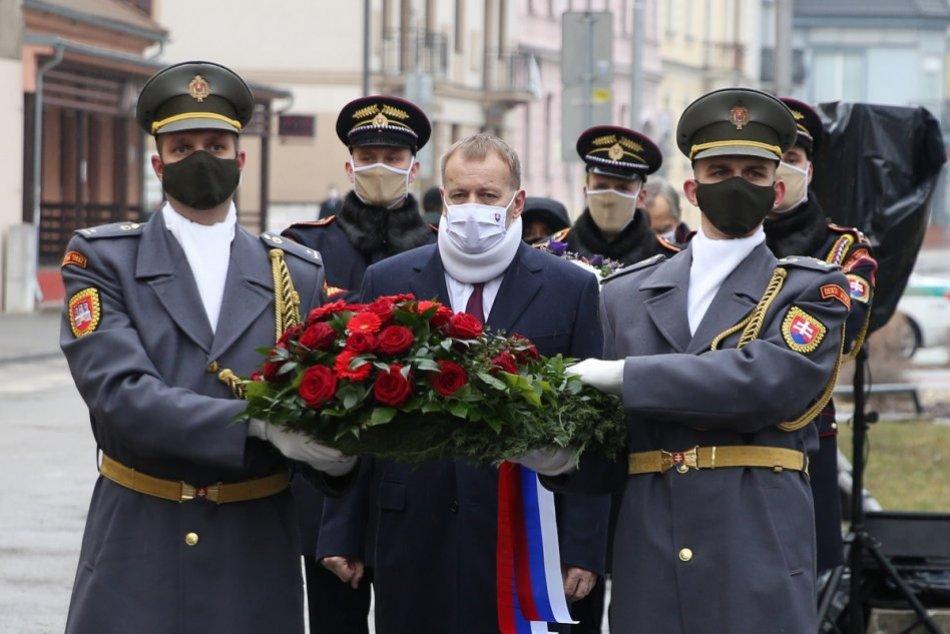 Ilustračný obrázok k článku Boris Kollár zažil absurdnosti komunizmu: Spomienka na martýrov v Trenčíne, FOTO